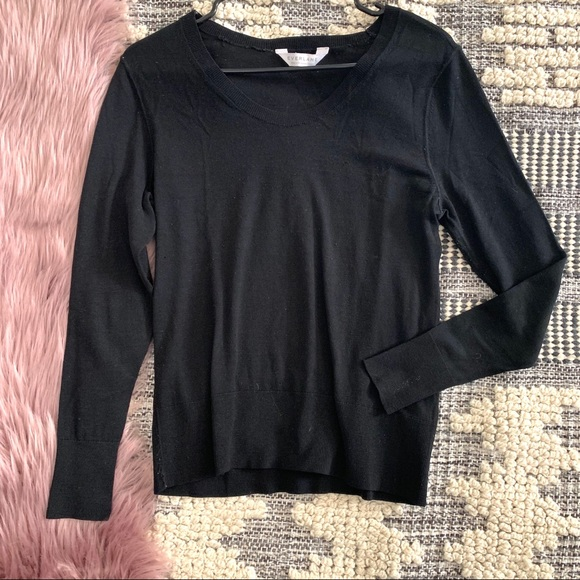 Everlane Sweaters - Everlane▪️Ribbed Wool Sweater. Sz S
